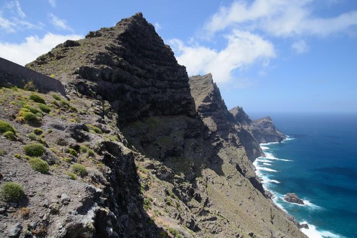 die schroffe Steilküste
