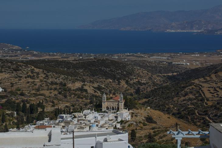 Blick auf Lefkes richtung Naxos